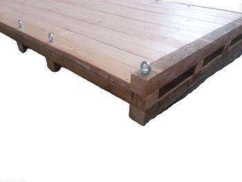 Palete de madeira reforçada