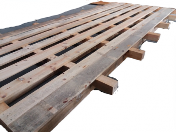 Palete de madeira à medida
